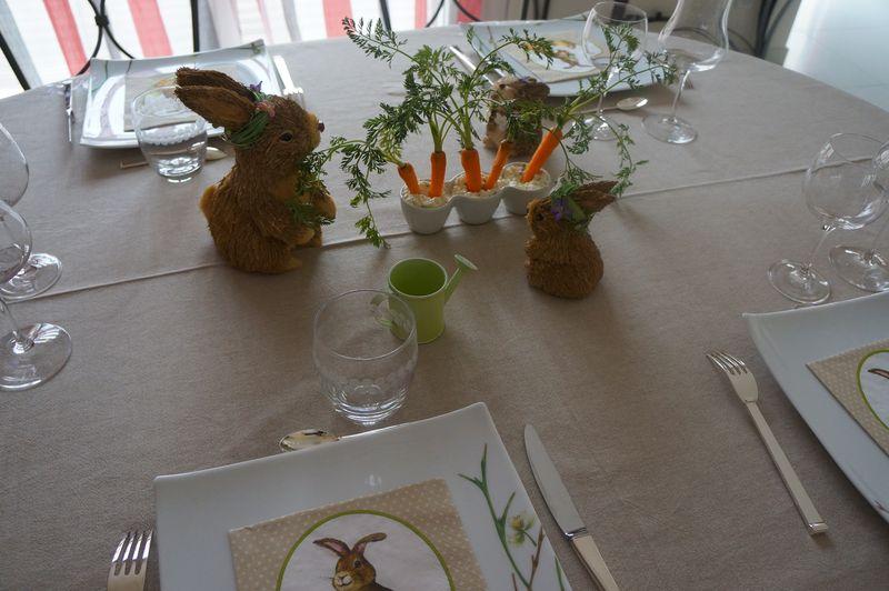 Carottes sur lit de Cottage Cheese ou Décoration Table de Pâques V3