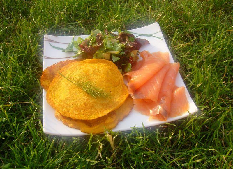Blinis de Patates Douce & Saumon Fumé