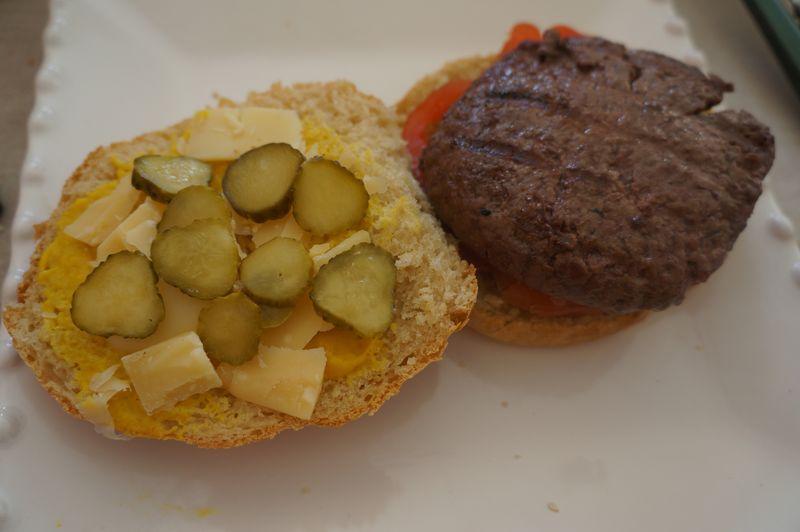 Pains à Hamburger ouverts garnis