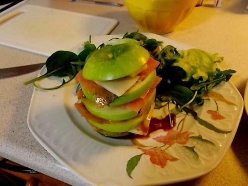 Shimrod Teste le Millefeuille Pomme Saumon Fumé Brebis