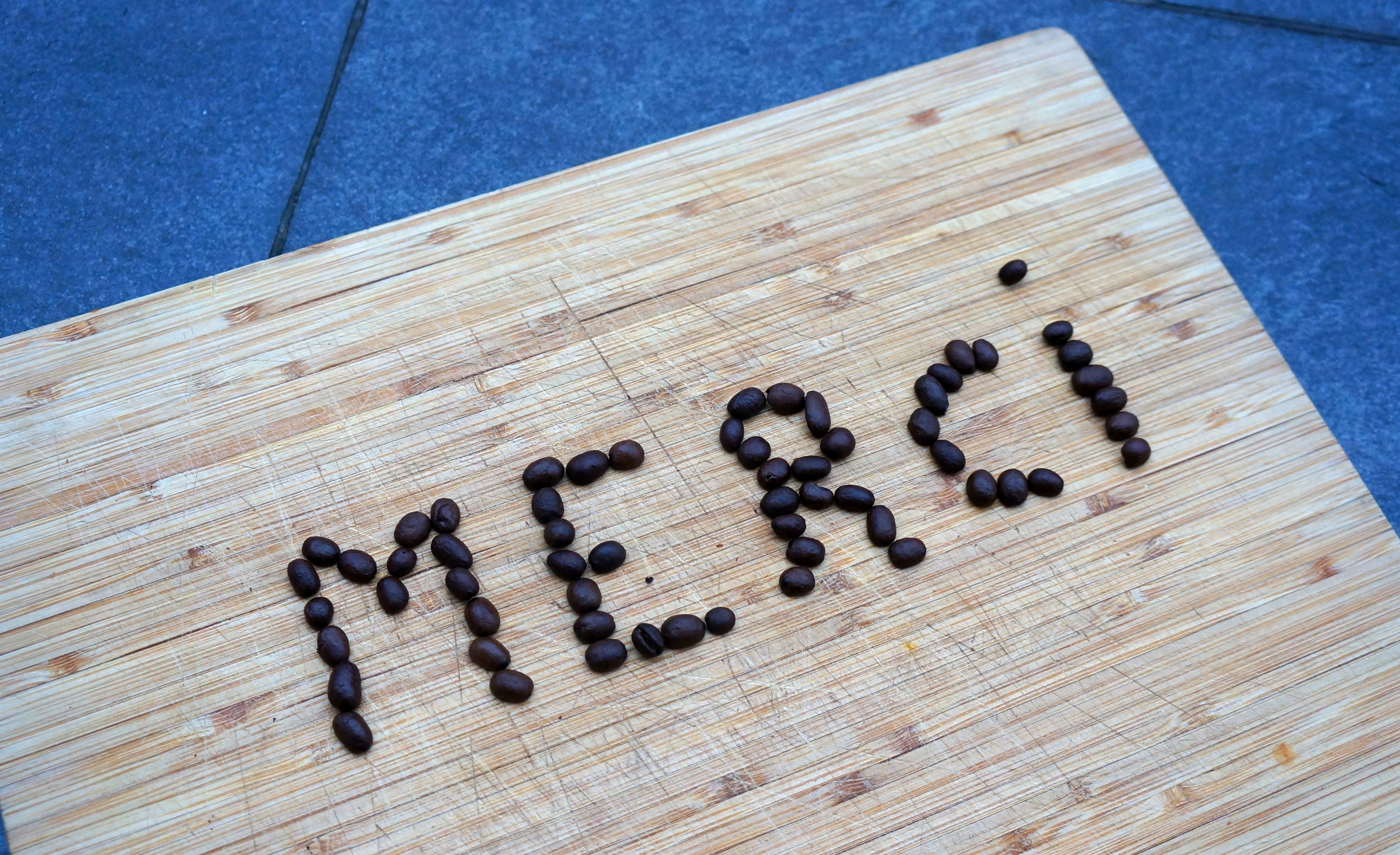 Merci réalisé avec des grains de Café